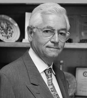 Dr. Arnold Hornfeld